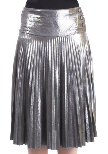 An example of a sunburst pleated skirt.