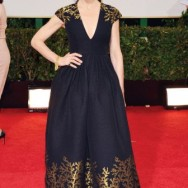 julianna_margulies_globes_dress_a_p